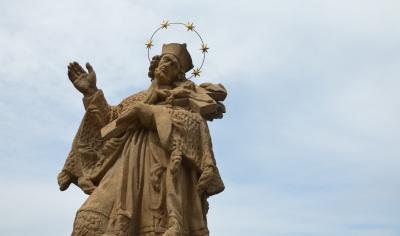 Svatý Jan na mostě