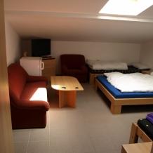 Penzion - jízdárna - druhý pokoj- (1024x768)