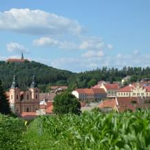 Nepomuk s kostelem sv. Jana Nepomuckého a Zelenou Horou